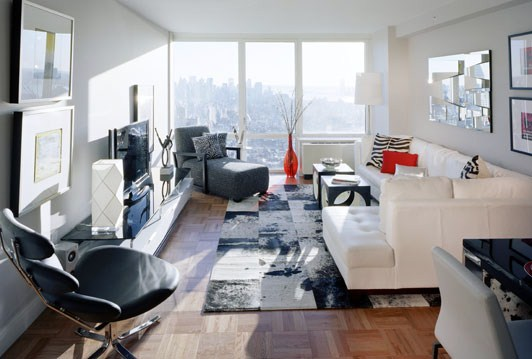 Nyc real estate glossary the home team for Model studio apartments
